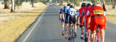 Team Big Heart (77) leading the Murray to Moyne ride